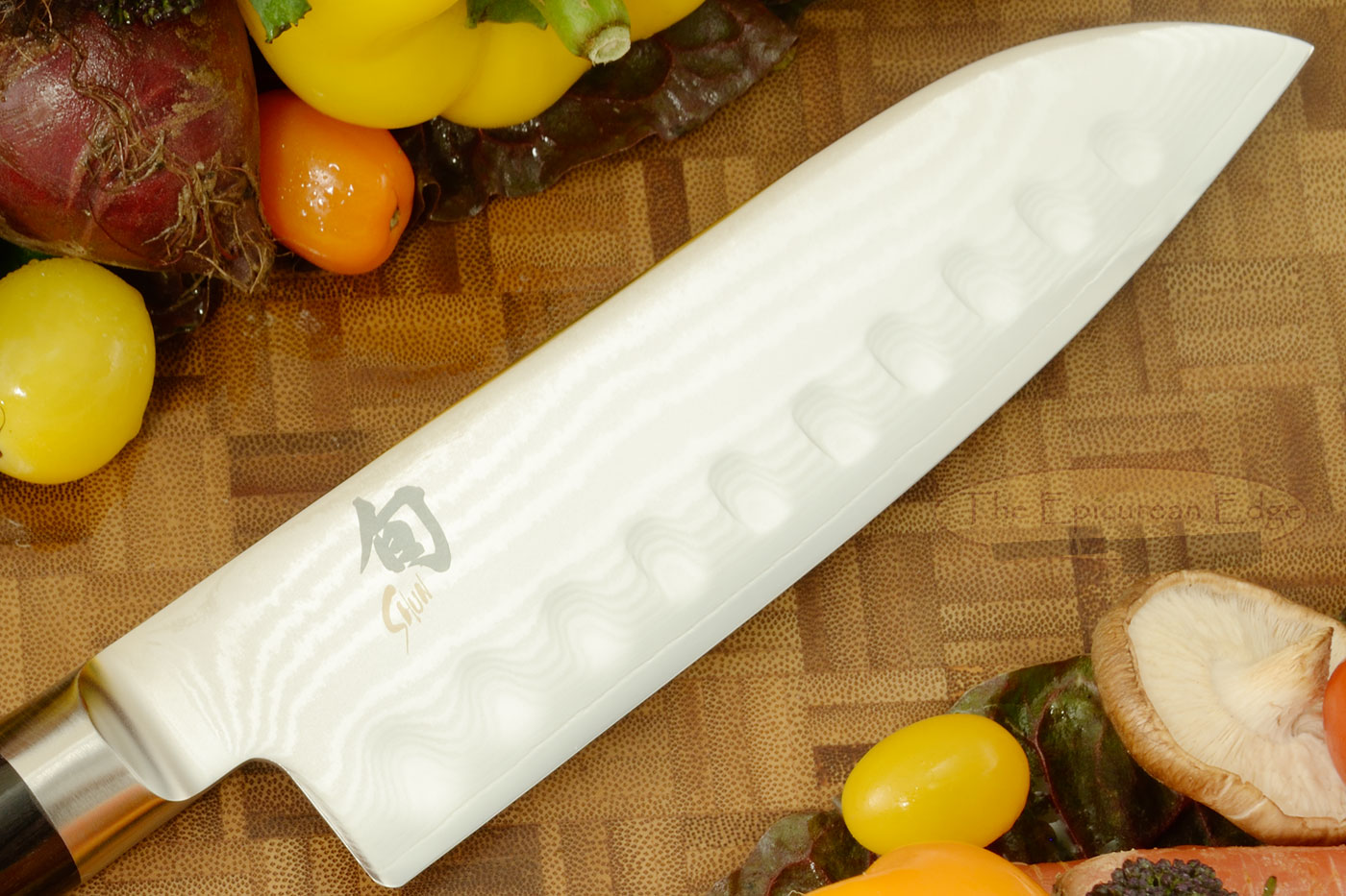 Shun Classic Santoku Knife - 7 in., Scalloped (DM0718)