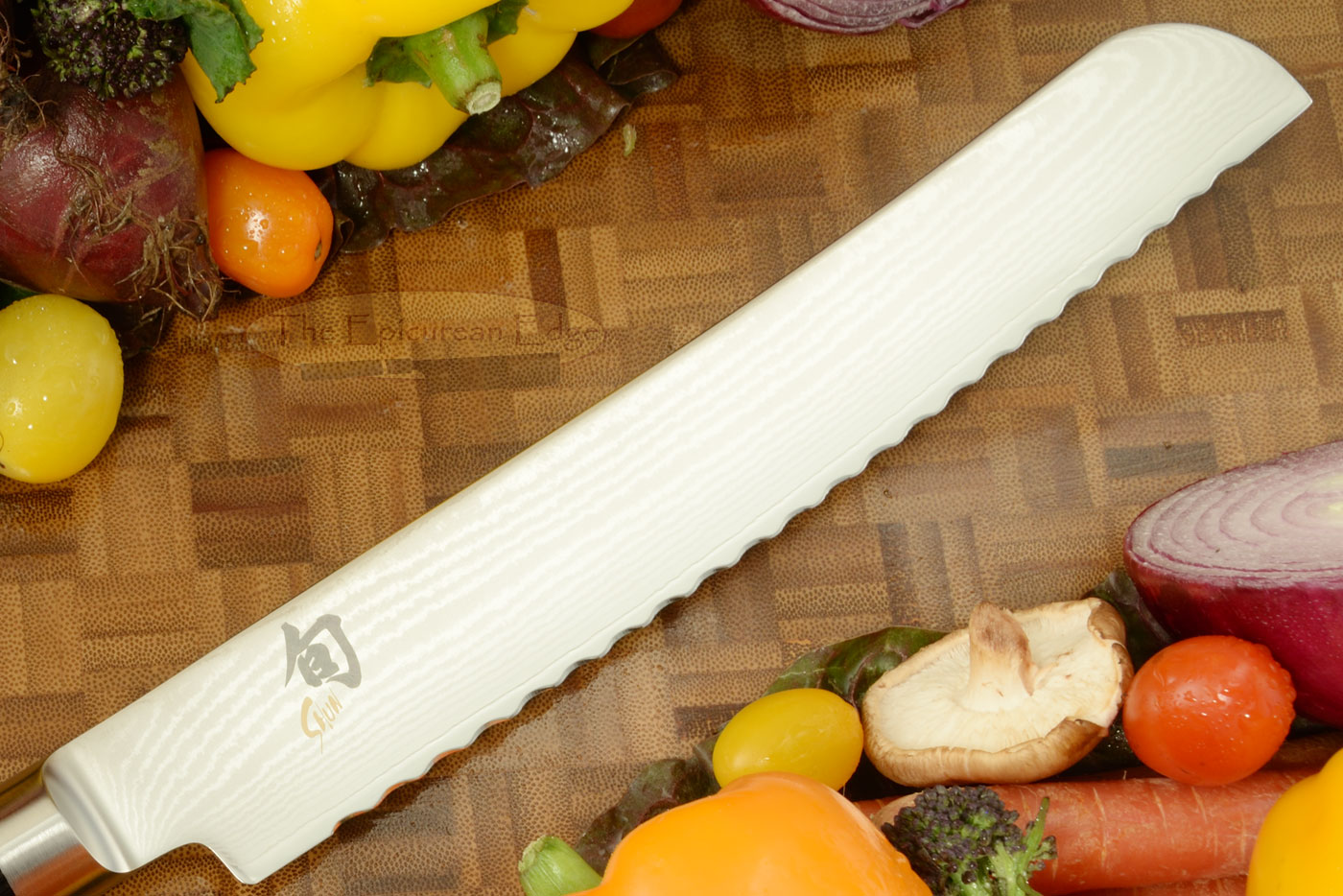 Shun Classic Bread Knife - 9 in. (DM0705)