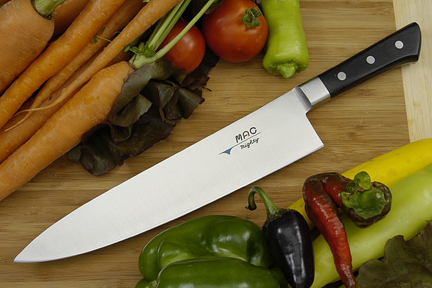 MAC Professional: Mighty Chef Knife - 9 1/2 (MBK-95)