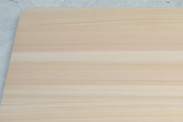 Hinoki Cutting Board (17 2/3 in x 11 3/4 in x 1 1/8 in)