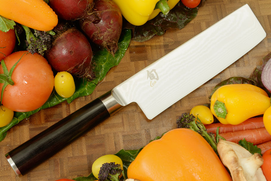 Shun Classic Chef's Knife/Vegetable Cleaver - Nakiri - 6 1/2 in. (DM0728)
