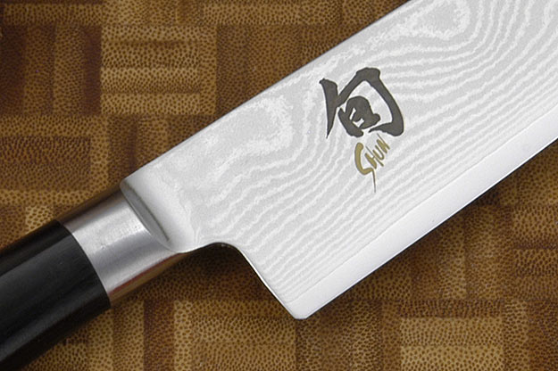 Shun Classic Santoku Knife - 5 1/2 in. (DM0727)