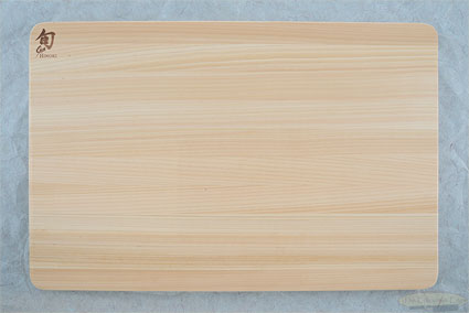 Medium Hinoki Cutting Board (15-3/4 in x 10-3/4 in x 1/2 in) - DM0816